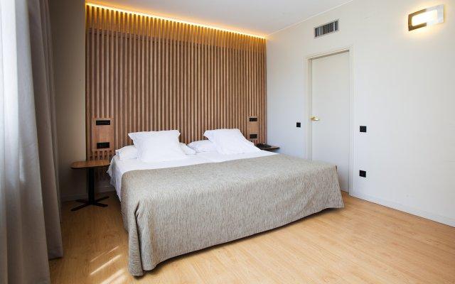 Апарт-отель Atenea Barcelona Барселона комната для гостей