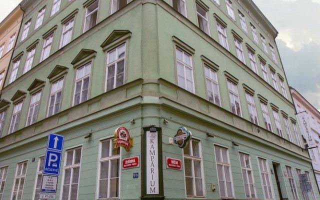 Апартаменты Prague - Kampa apartments Прага вид на фасад