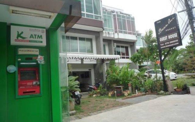 Отель Baan Oui Phuket Guest House вид на фасад