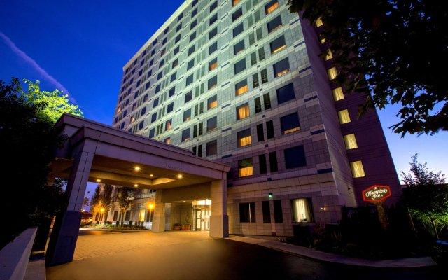 Hampton Inn New York - JFK