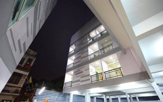 Отель Paragon One Residence Бангкок вид на фасад