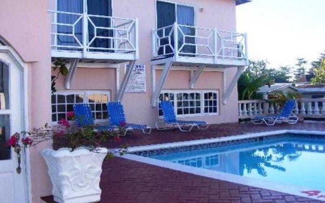 Отель Shields Negril Villas LTD вид на фасад