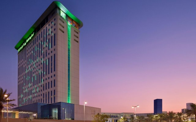 Отель Holiday Inn Dubai Festival City вид на фасад