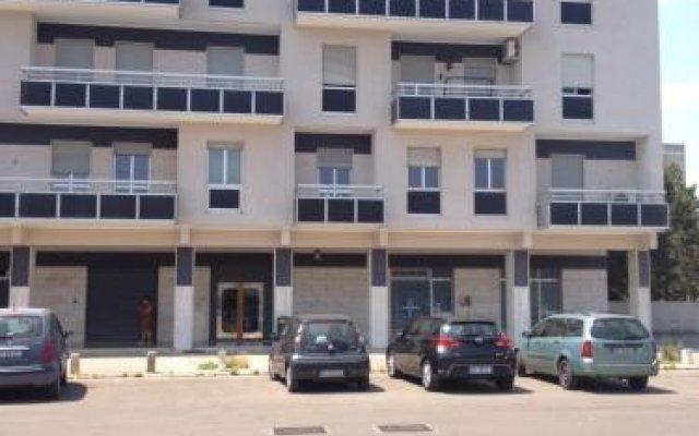 Отель Affittacamere Laura Лечче вид на фасад