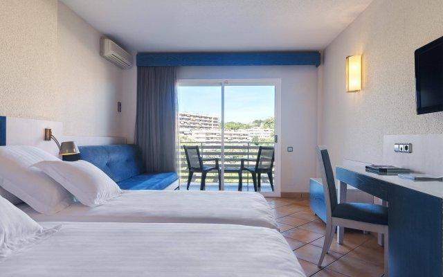 Отель Occidental Cala Vinas комната для гостей