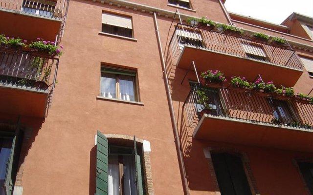 Отель Agli Artisti Италия, Венеция - - забронировать отель Agli Artisti, цены и фото номеров вид на фасад