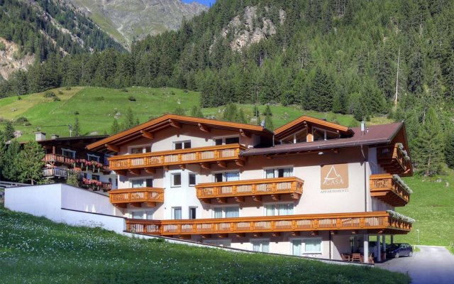 Отель A Casa Kristall Хохгургль вид на фасад