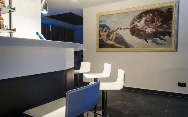 Отель Paramount Bay Penthouse Мальта, Бирзеббуджа - отзывы, цены и фото номеров - забронировать отель Paramount Bay Penthouse онлайн комната для гостей