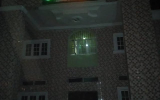 Отель AFRICAN PRINCESS HOTEL New Haven Нигерия, Энугу - отзывы, цены и фото номеров - забронировать отель AFRICAN PRINCESS HOTEL New Haven онлайн вид на фасад