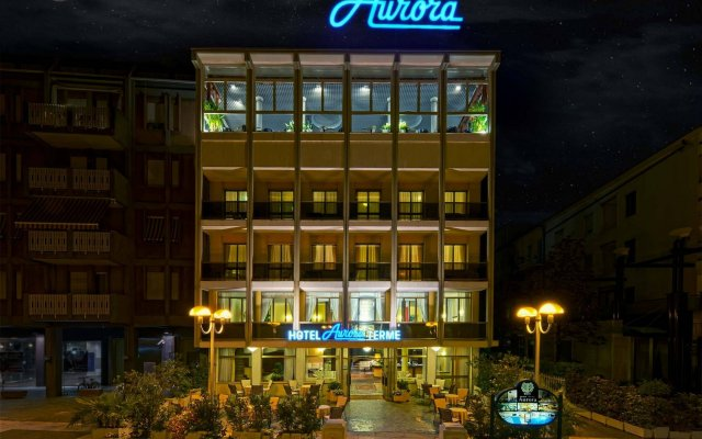 Отель Aurora Terme Италия, Абано-Терме - отзывы, цены и фото номеров - забронировать отель Aurora Terme онлайн вид на фасад