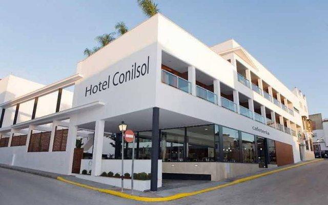 Отель Conilsol Hotel y Aptos Испания, Кониль-де-ла-Фронтера - отзывы, цены и фото номеров - забронировать отель Conilsol Hotel y Aptos онлайн вид на фасад