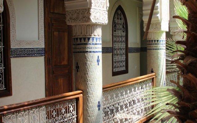 Отель Dar Al Kounouz Марокко, Марракеш - отзывы, цены и фото номеров - забронировать отель Dar Al Kounouz онлайн вид на фасад
