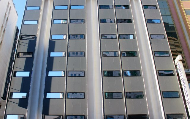 White Fort Hotel вид на фасад