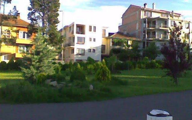 Отель Ivet Guest House вид на фасад