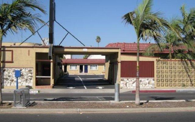 Отель Geneva Motel США, Инглвуд - отзывы, цены и фото номеров - забронировать отель Geneva Motel онлайн вид на фасад