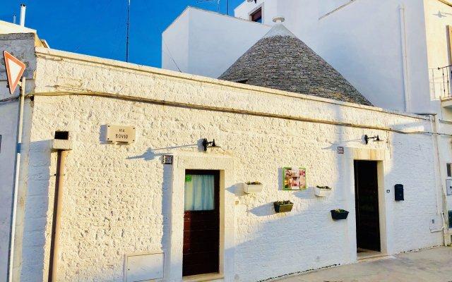 Отель Trulli Fenice Alberobello Италия, Альберобелло - отзывы, цены и фото номеров - забронировать отель Trulli Fenice Alberobello онлайн вид на фасад