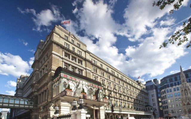 Отель Amba Hotel Charing Cross Великобритания, Лондон - 2 отзыва об отеле, цены и фото номеров - забронировать отель Amba Hotel Charing Cross онлайн вид на фасад