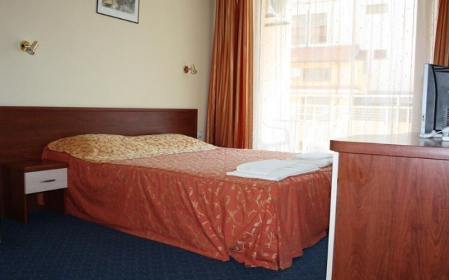Отель Bahami Complex Солнечный берег комната для гостей