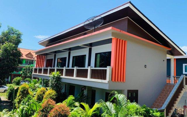 Отель Phongpipat Lanta Mansion Ланта вид на фасад