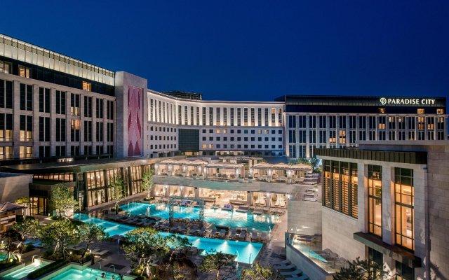 Отель Paradise City вид на фасад