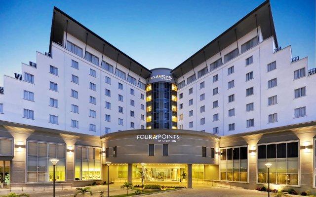 Отель Four Points by Sheraton Lagos вид на фасад