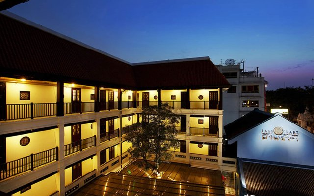 Отель Baan Chart вид на фасад