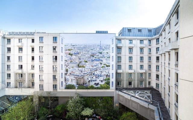 Отель Novotel Paris Les Halles вид на фасад