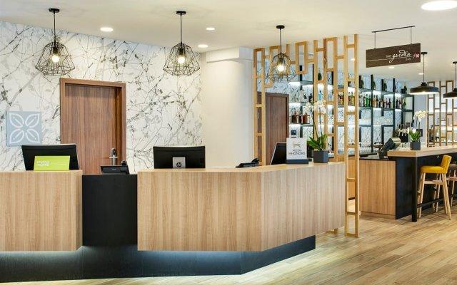 Отель Hilton Garden Inn Brussels City Centre Бельгия, Брюссель - 4 отзыва об отеле, цены и фото номеров - забронировать отель Hilton Garden Inn Brussels City Centre онлайн интерьер отеля