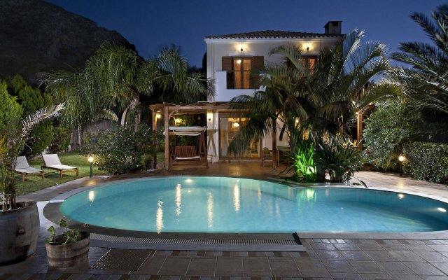Отель Pandora Villas вид на фасад