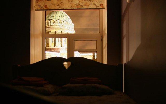 Гостиница Друзья на Грибоедова в Санкт-Петербурге - забронировать гостиницу Друзья на Грибоедова, цены и фото номеров Санкт-Петербург вид на фасад