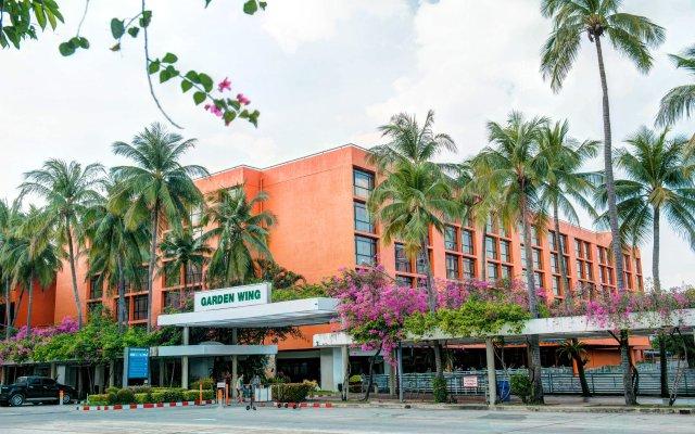 Отель Ambassador City Jomtien вид на фасад