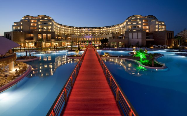 Отель Kaya Palazzo Golf Resort пляж