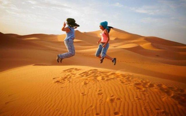 Отель Merzouga Desert Camp Bazin Марокко, Мерзуга - отзывы, цены и фото номеров - забронировать отель Merzouga Desert Camp Bazin онлайн