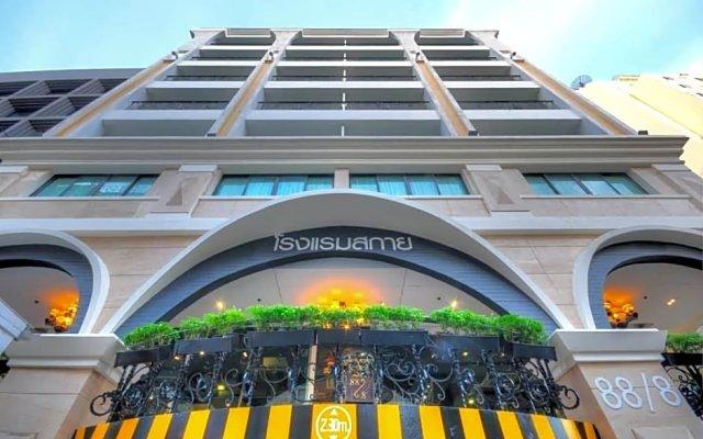 Отель Aspira Skyy Sukhumvit 1 Таиланд, Бангкок - отзывы, цены и фото номеров - забронировать отель Aspira Skyy Sukhumvit 1 онлайн вид на фасад