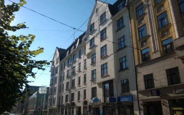 Hotel Multilux вид на фасад
