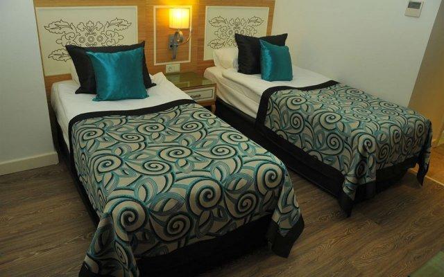 Отель Crystal Waterworld Resort & Spa комната для гостей