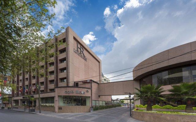 Отель Riazor Aeropuerto Мексика, Мехико - отзывы, цены и фото номеров - забронировать отель Riazor Aeropuerto онлайн вид на фасад