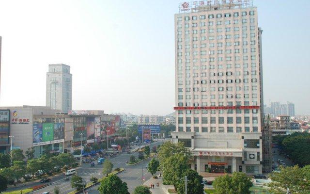 Отель Zhongshan Plainvim Fashion Business Hotel Китай, Чжуншань - отзывы, цены и фото номеров - забронировать отель Zhongshan Plainvim Fashion Business Hotel онлайн вид на фасад