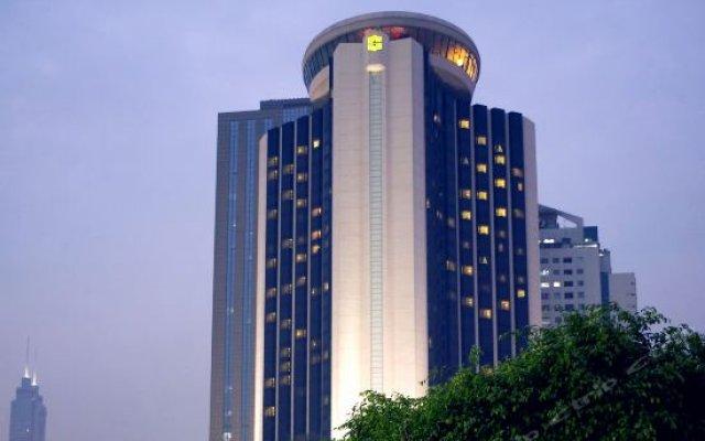 Отель Shangri-la Hotel, Shenzhen Китай, Шэньчжэнь - отзывы, цены и фото номеров - забронировать отель Shangri-la Hotel, Shenzhen онлайн вид на фасад