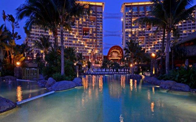 Отель Centara Grand Mirage Beach Resort Pattaya Таиланд, Паттайя - 11 отзывов об отеле, цены и фото номеров - забронировать отель Centara Grand Mirage Beach Resort Pattaya онлайн вид на фасад