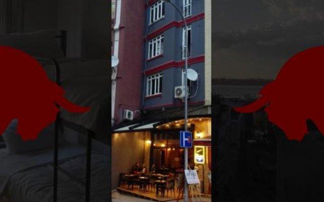 Bristol Hostel Турция, Стамбул - 1 отзыв об отеле, цены и фото номеров - забронировать отель Bristol Hostel онлайн вид на фасад