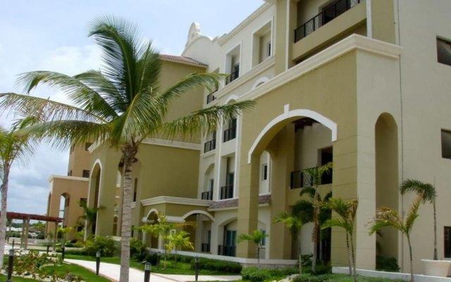 Апартаменты Luxury Cap Cana Apartment вид на фасад