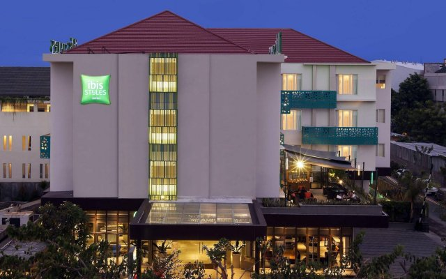 Grand Livio Kuta Hotel In Bali Indonesia From 44 Photos Reviews Zenhotels Com