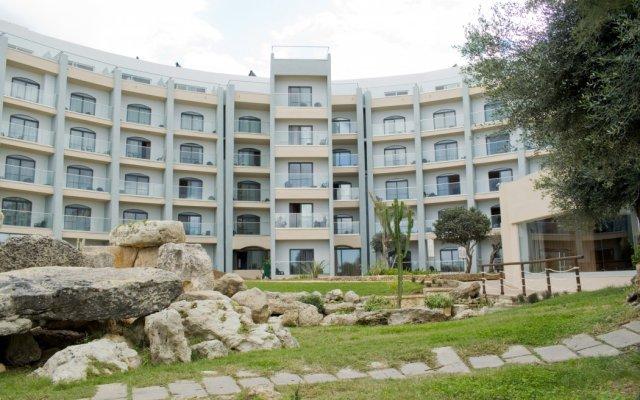 Отель Dolmen Hotel Malta Мальта, Каура - отзывы, цены и фото номеров - забронировать отель Dolmen Hotel Malta онлайн вид на фасад
