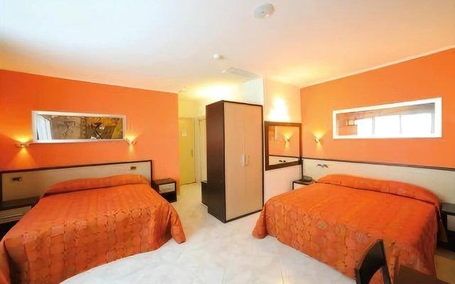 Hotel Cristina Рокка-Сан-Джованни комната для гостей
