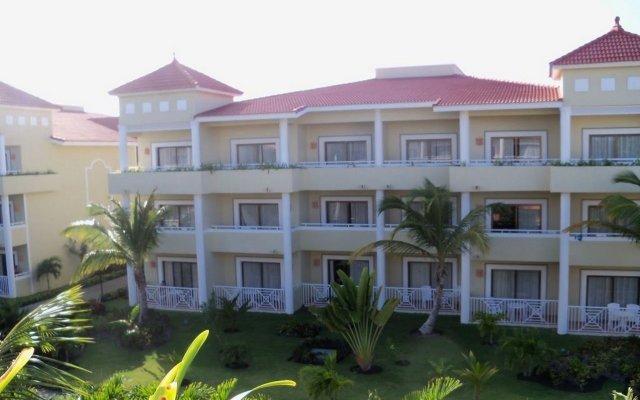 Отель Grand Bahia Principe Bávaro - All Inclusive Доминикана, Пунта Кана - 3 отзыва об отеле, цены и фото номеров - забронировать отель Grand Bahia Principe Bávaro - All Inclusive онлайн вид на фасад