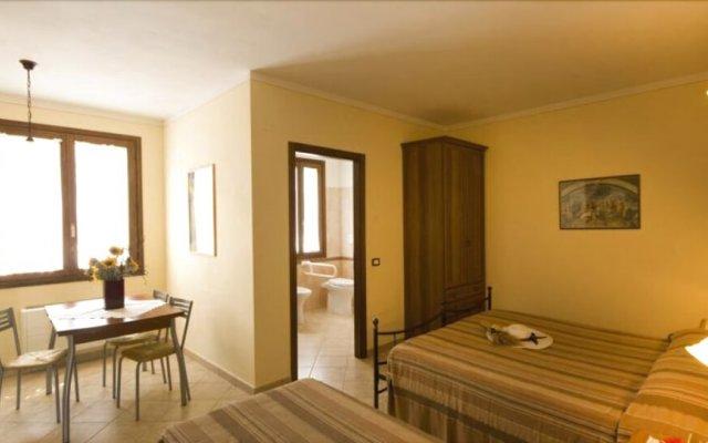 Отель Agriturismo Cascina Roveri Монцамбано комната для гостей