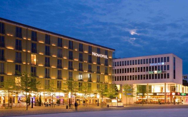 Отель Novotel Muenchen Messe вид на фасад