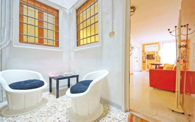 Апартаменты DolceVita Apartments N. 146 Венеция комната для гостей