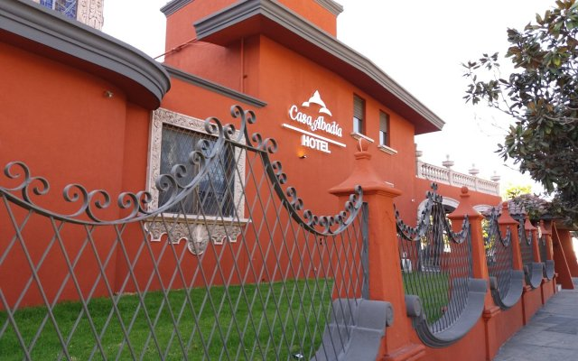 Отель Casa Abadia Мексика, Гвадалахара - отзывы, цены и фото номеров - забронировать отель Casa Abadia онлайн вид на фасад